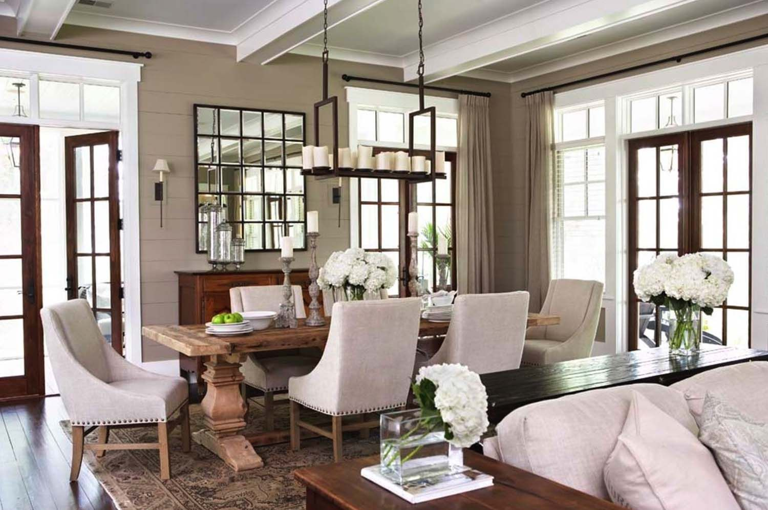 Lowcountry Style Home In South Carolina Offers Gorgeous Living
