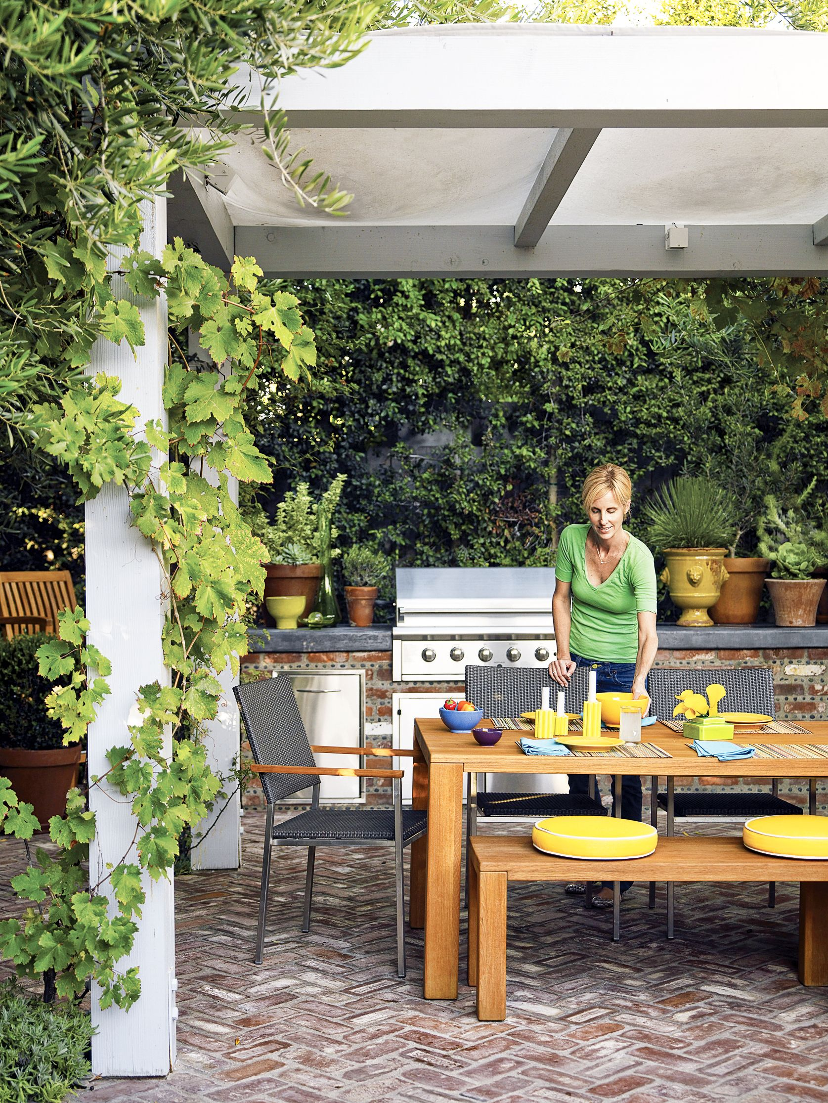 Read this before you put in an outdoor kitchen sly backyard
