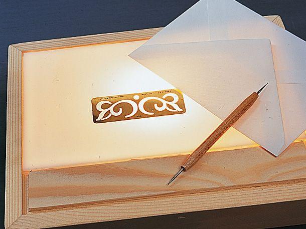 lightbox selber bauen so bastelst du dir einen stylishen leuchtkasten d y e projekte. Black Bedroom Furniture Sets. Home Design Ideas