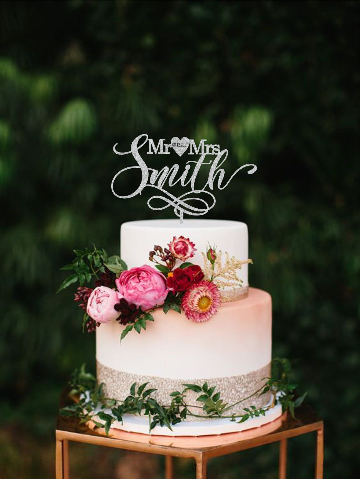 Personalized Last Name Wedding Cake Topper Heart Wedding Date Etsy Geometric Cake Topper Geometric Wedding Cakes Cool Wedding Cakes