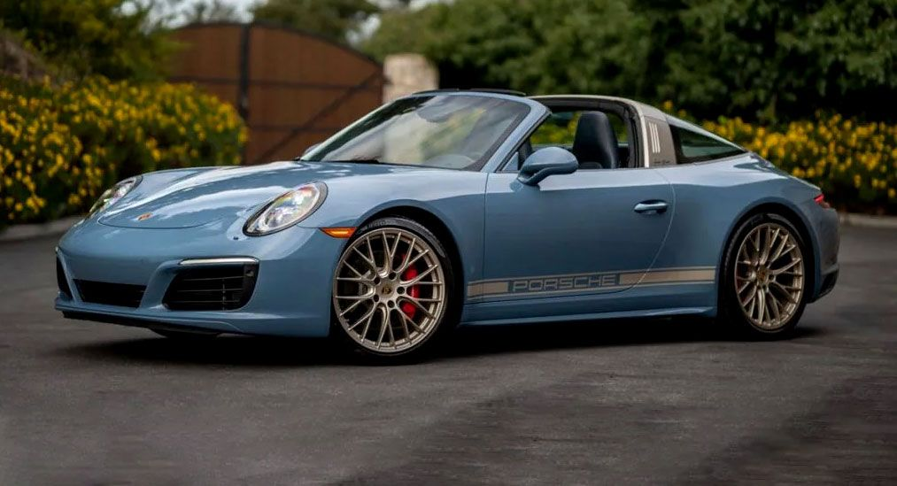 Porsche Exclusive 991 Targa 4s Design Edition Is So Purdy In Baby Blue If You Want To Put A Modern Day 911 In In 2020 Porsche 911 Targa Porsche Porsche 911 Targa 4s