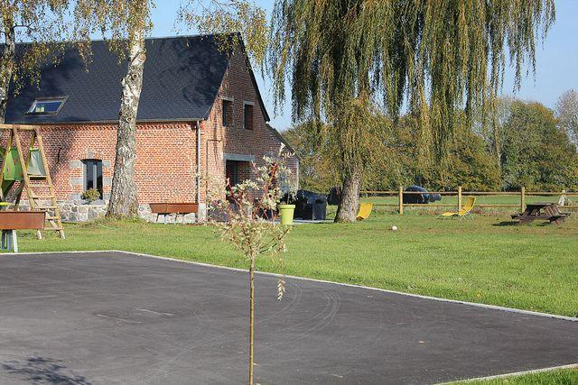Dompierre-sur-Helpe, Nord. Pop: 925