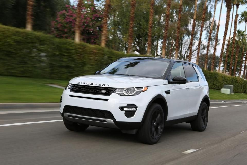 Land Rover climbs to the top of a record US car market