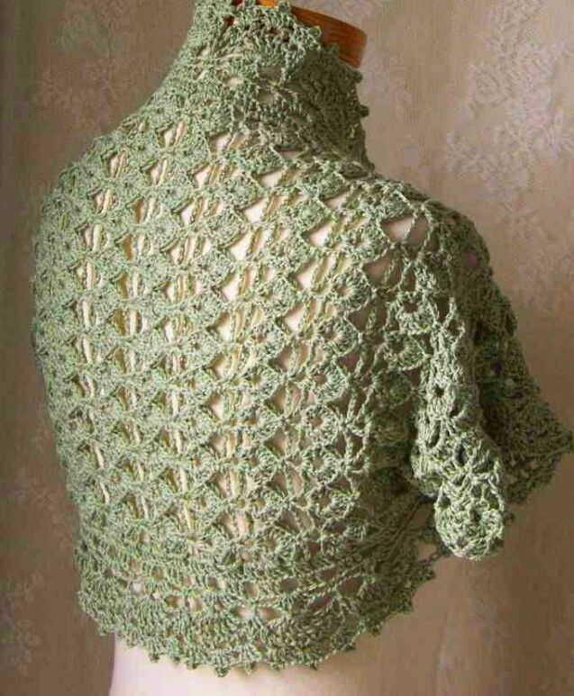 Instagram. PICTURE ONLY. Crochet bolero. NO PATTERN. Good inspiration for the experIenced crocheter