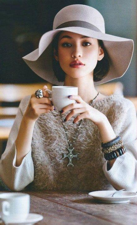 Dream outfit if I ever go to Paris!