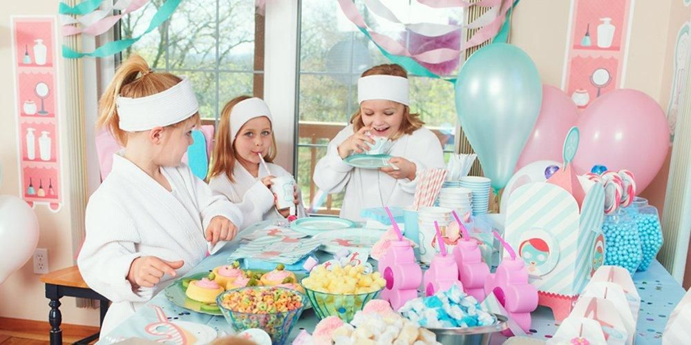 How To Host The Cutest Little Girls Spa Party Girls Pamper Party Girl Spa Party Spa Party