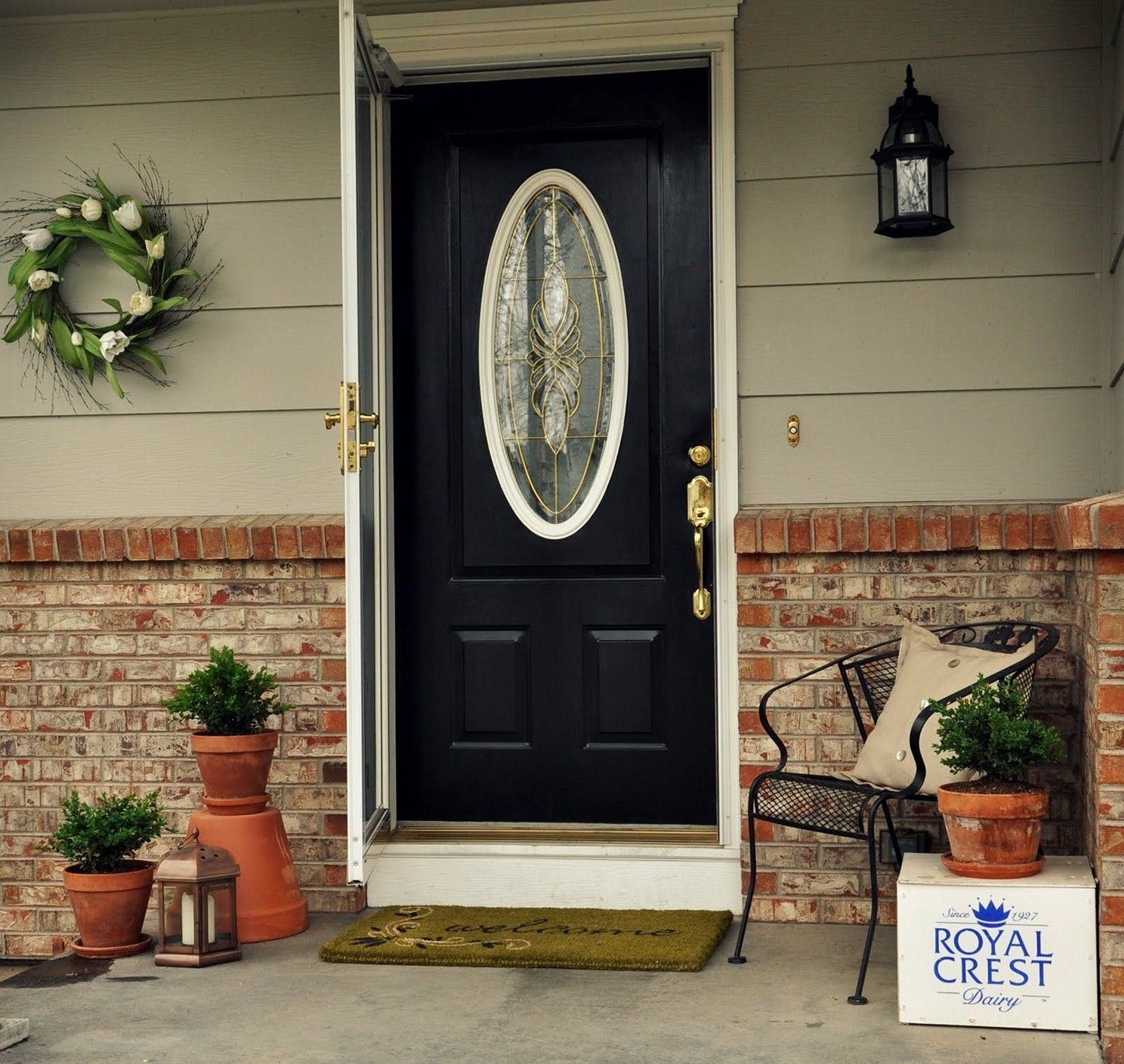 Black Front Door With Oval Glass Painted Front Doors Painted Front Porches Front Doors Painted Black