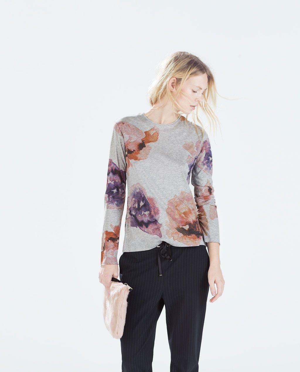 T-shirt estampa flores;Zara