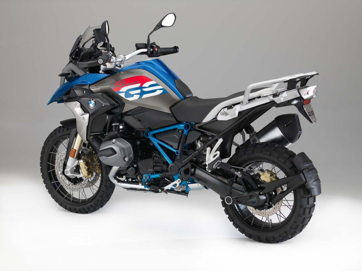 2017 Bmw R1200gs Gets Upgrades And A Little Rallye In 2020 Bike Bmw 2017 Bmw Adventure Bike Motorcycles