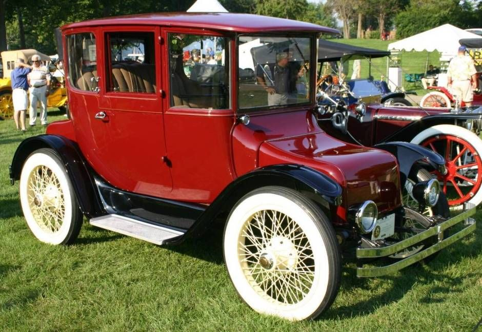 1916 Detroit Electric Brougham Model 60/98.