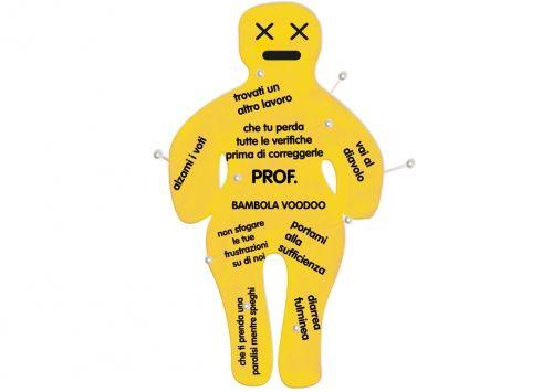BAMBOLA VOODOO 40CM PROF. Maxi bambola voodoo in pezza color giallo in scatola cartonata con 12 spilloni-dedica