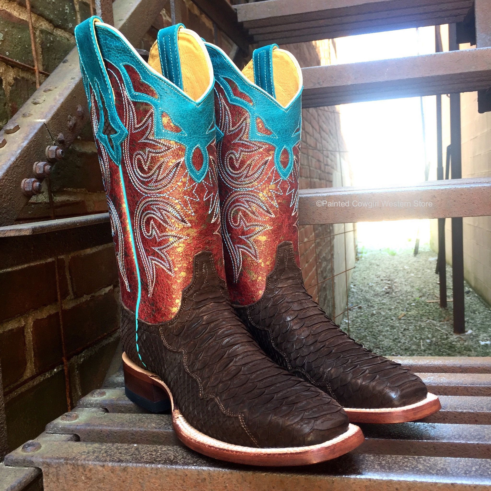 43d7e16d72e Cinch Boots is ahead of the race with these handmade sueded brown ...