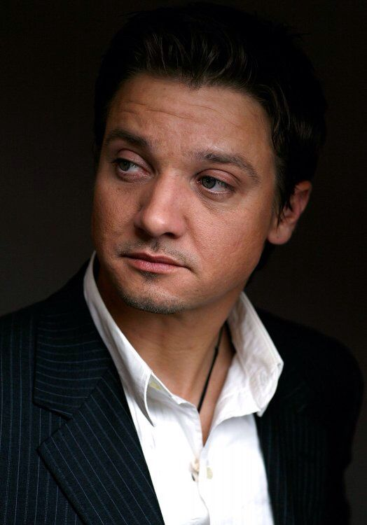 Jeremy Renner - Promotional Photoshoot for The Hurt Locker at TIFF   Sep 9 , 2008