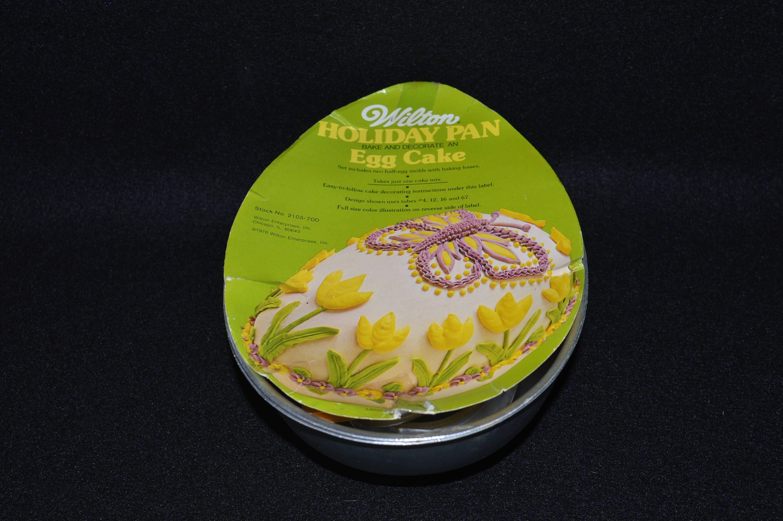 Wilton Holiday Egg Cake Baking Kit 3D Cake Mold Easter Egg Cake