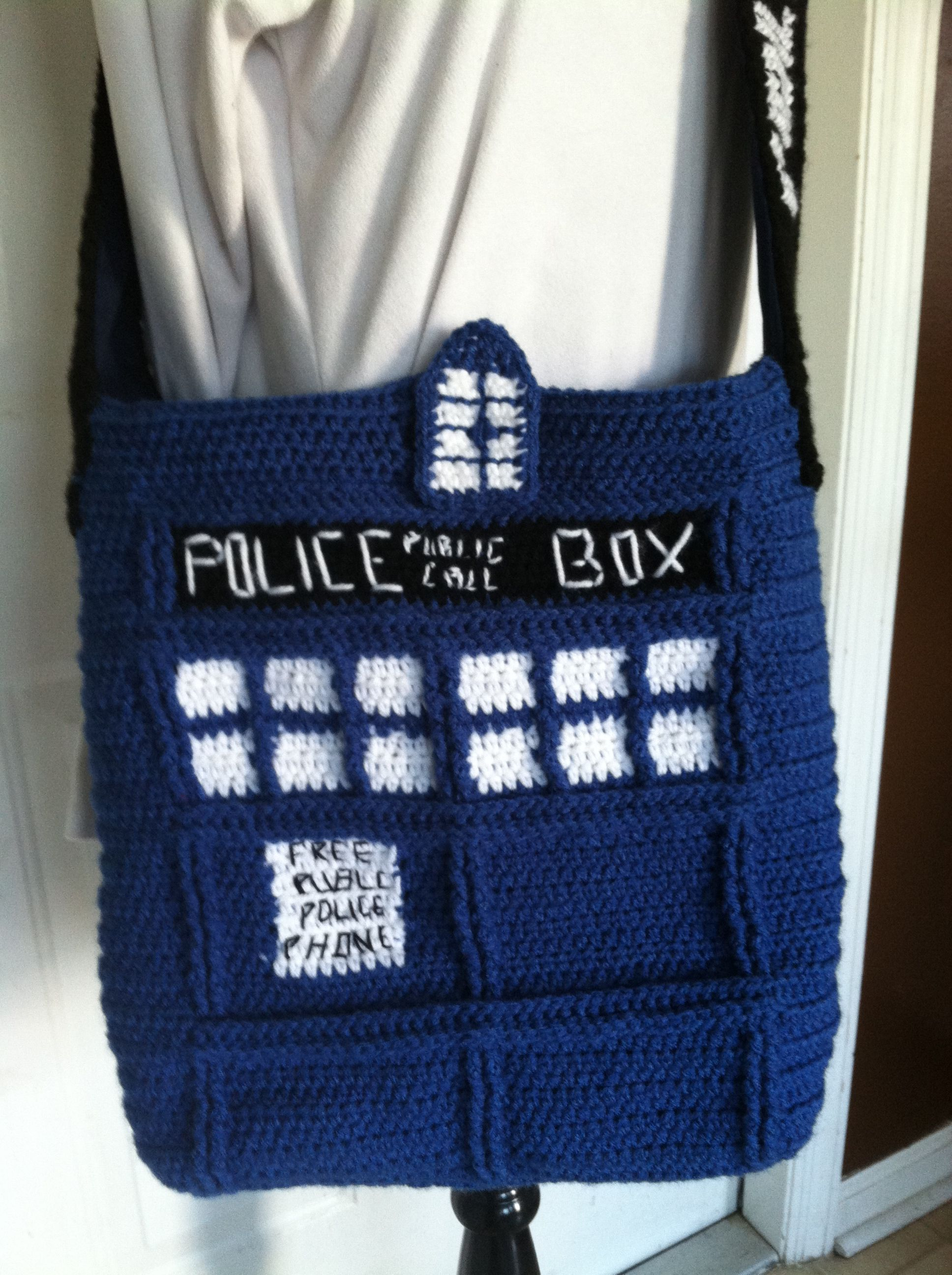 Crochet Tardis bag.