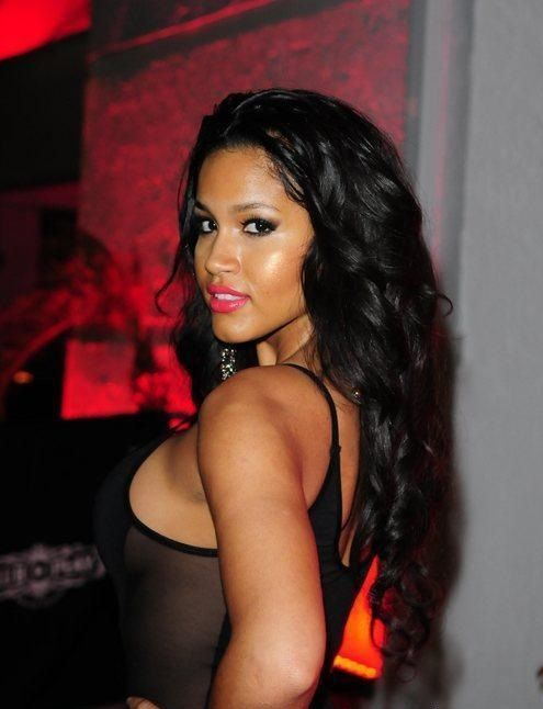 pretty Dominican hair | Rosa Acosta Height: 5'5