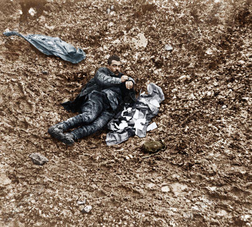 Wwi 1916 verdun body of a fallen german soldier kia at douaumont wwi 1916 verdun body of a fallen german soldier kia at douaumont publicscrutiny Image collections
