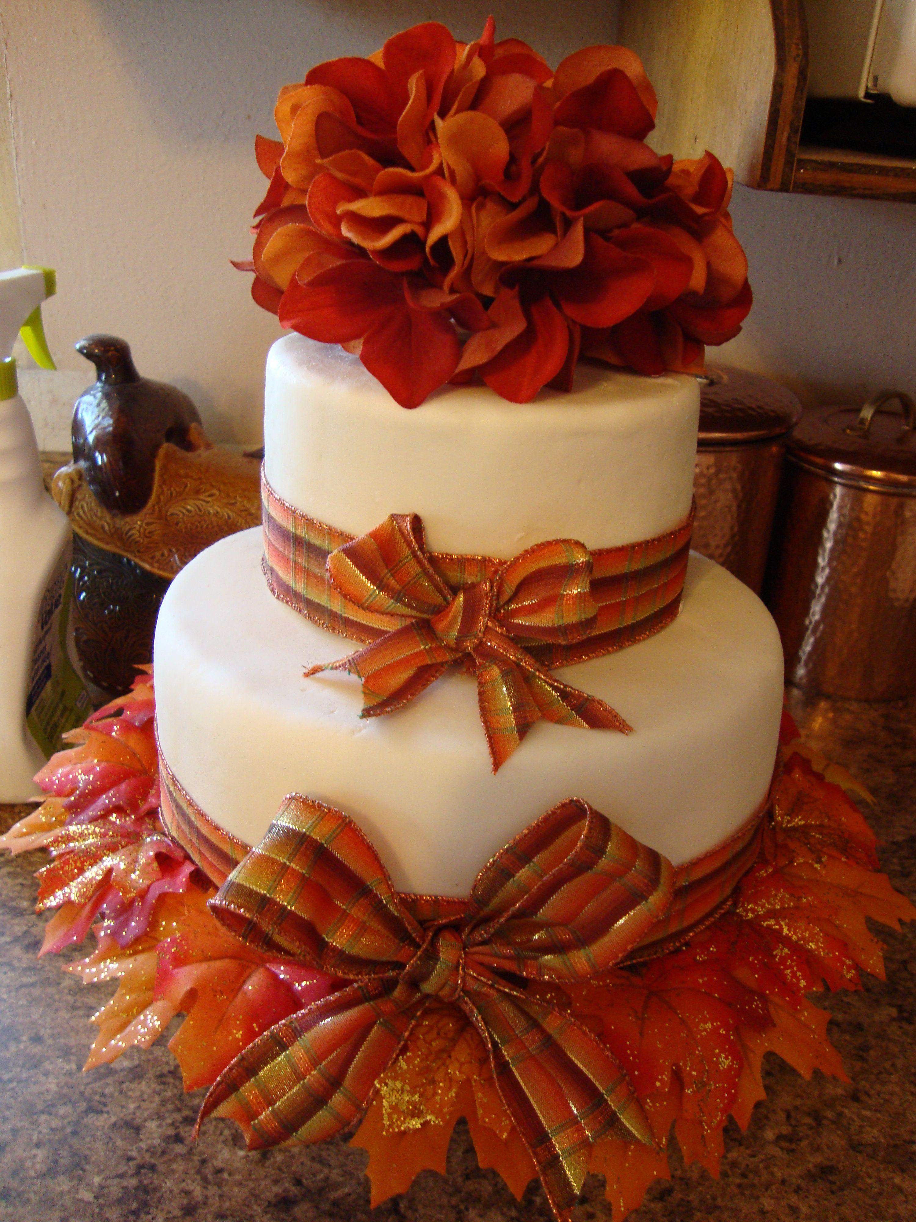 Fall Bridal Shower Cake Bridal shower cakes, Fall cakes