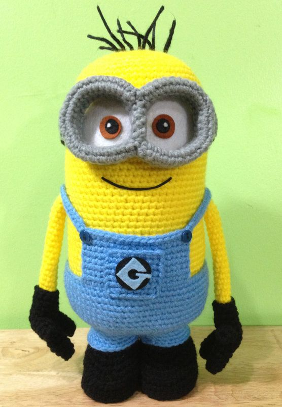 Free Minion Cushion Crochet Pattern : Crochet Minions on Pinterest Crochet Minion Hats, Minion ...