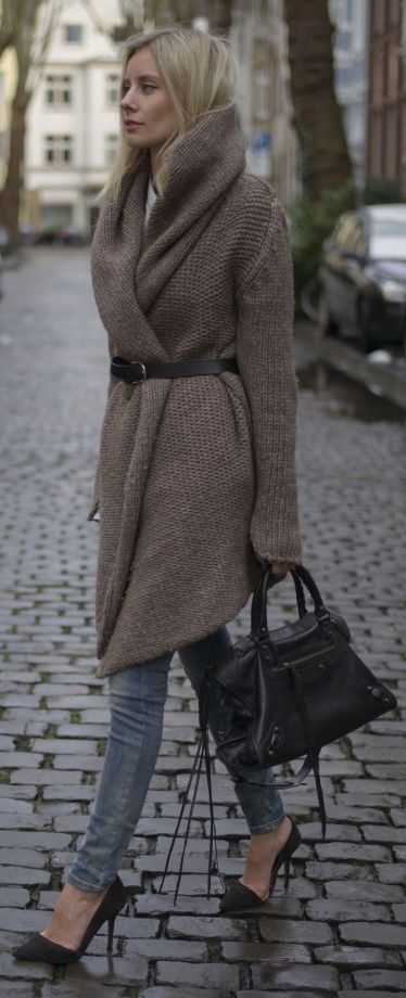 Fall fashion | Belted brown wrap cardigan with heels and tote bag ...