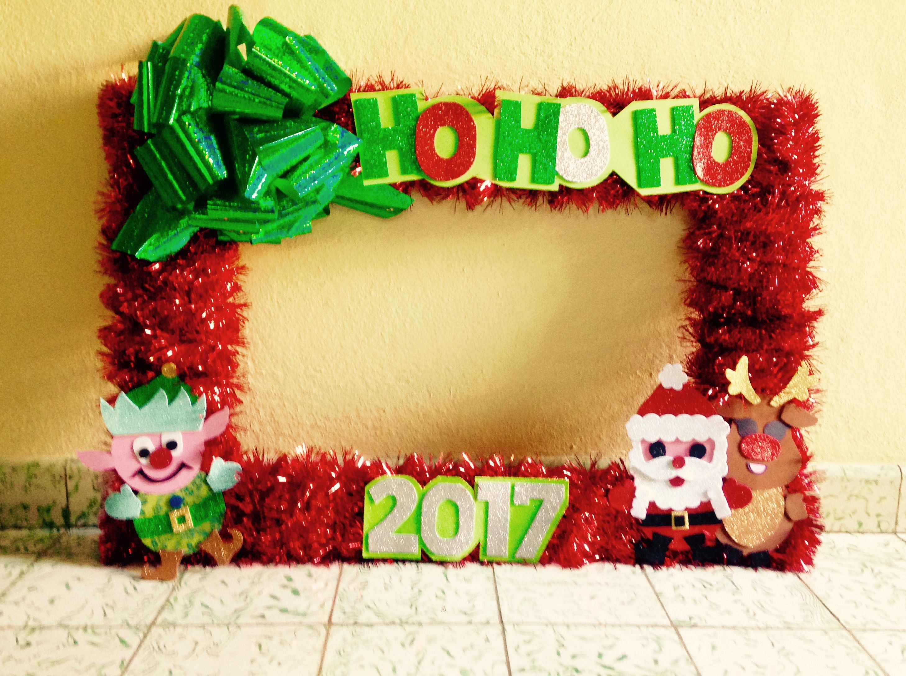 Christmas photo booth frame Christmas photo booth prop Marco gigante ...