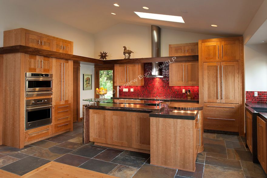 Maple Kitchen Cabinets Stainless Appliances Slate Floor