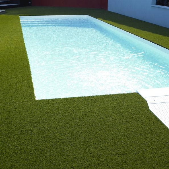 Piscine Rectangulaire 8x4 Filtration Sans Canalisation Liner Blanc Pelouse Synthetique Green Piscine Piscine 8x4 Amenagement Piscine