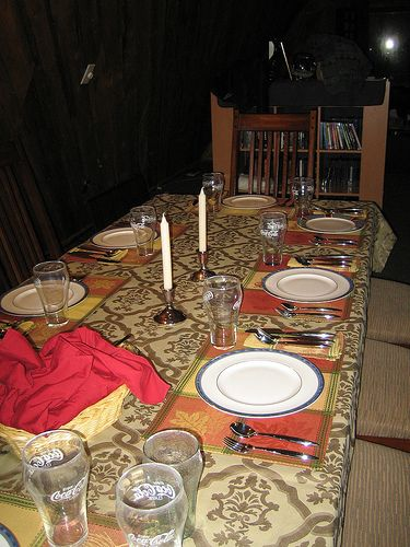 Thanksgiving Table With Place Settings