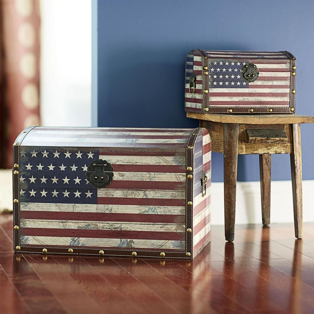 Household Essentials Red White and Blue Chest 92761