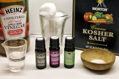 natural remedies with essential oils for poison ivy, oak, and sumac   www.onedoterracommunity.com   https://www.facebook.com/#!/OneDoterraCommunity