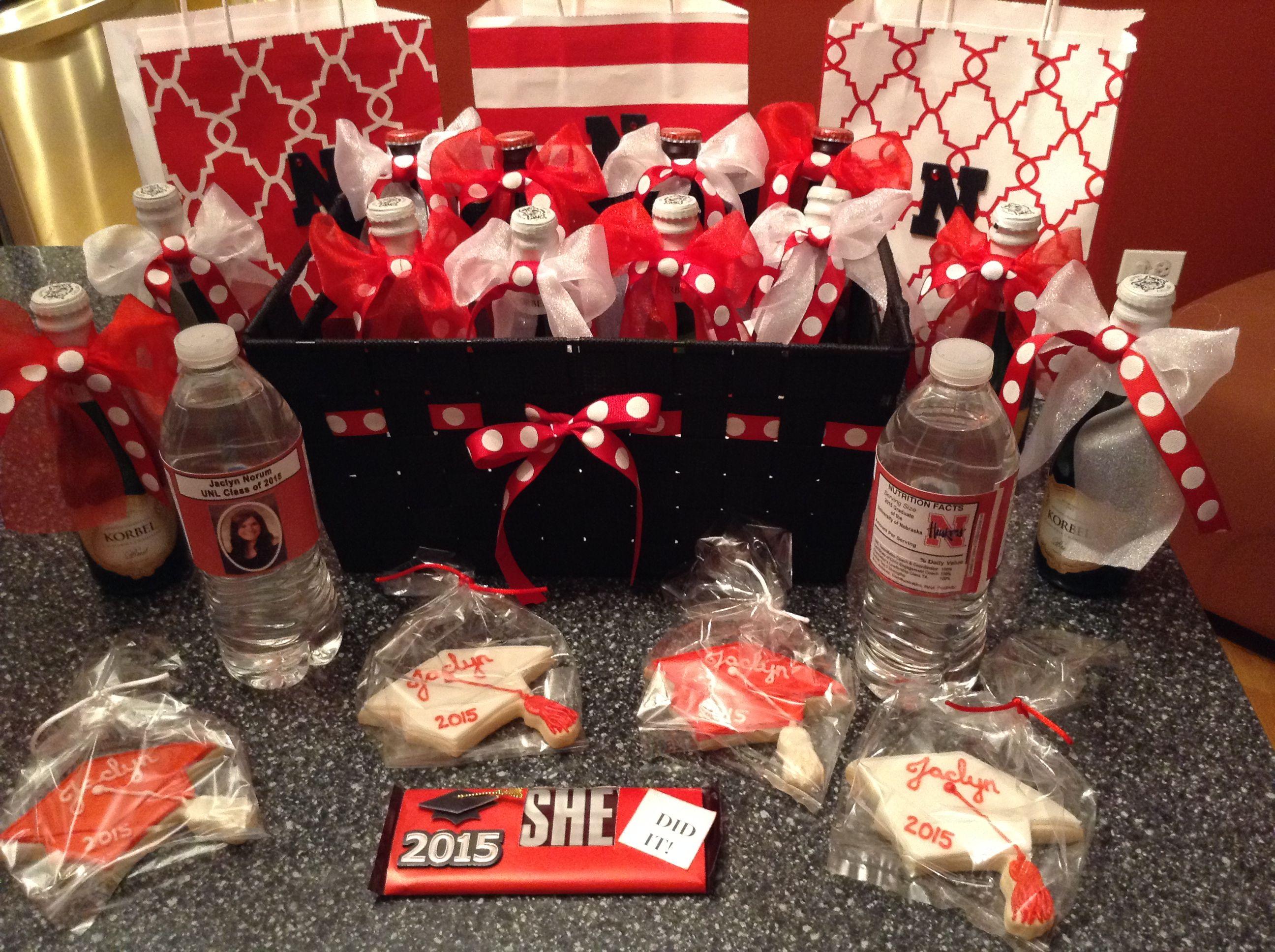 Graduation 2015minichampaign bottle basket with gift