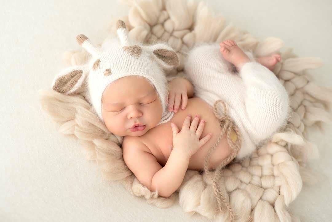 Angora baby GIRAFFE set - newborn photography prop, knitted, baby boy, baby girl, baby animal