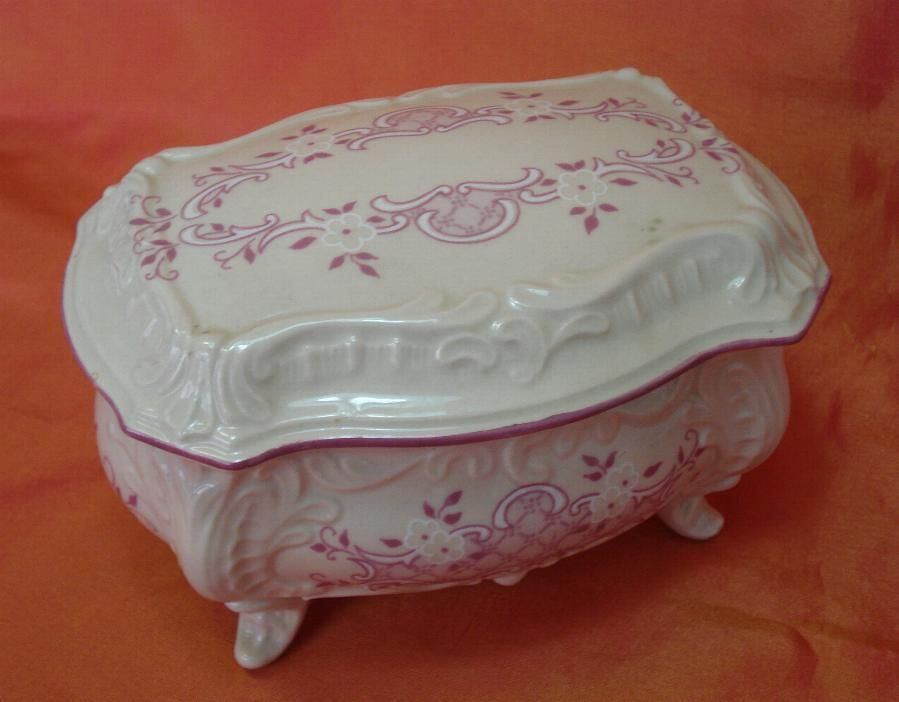Details about 1920s VINTAGE VENETIAN STYLE PORCELAIN JEWELRY BOX