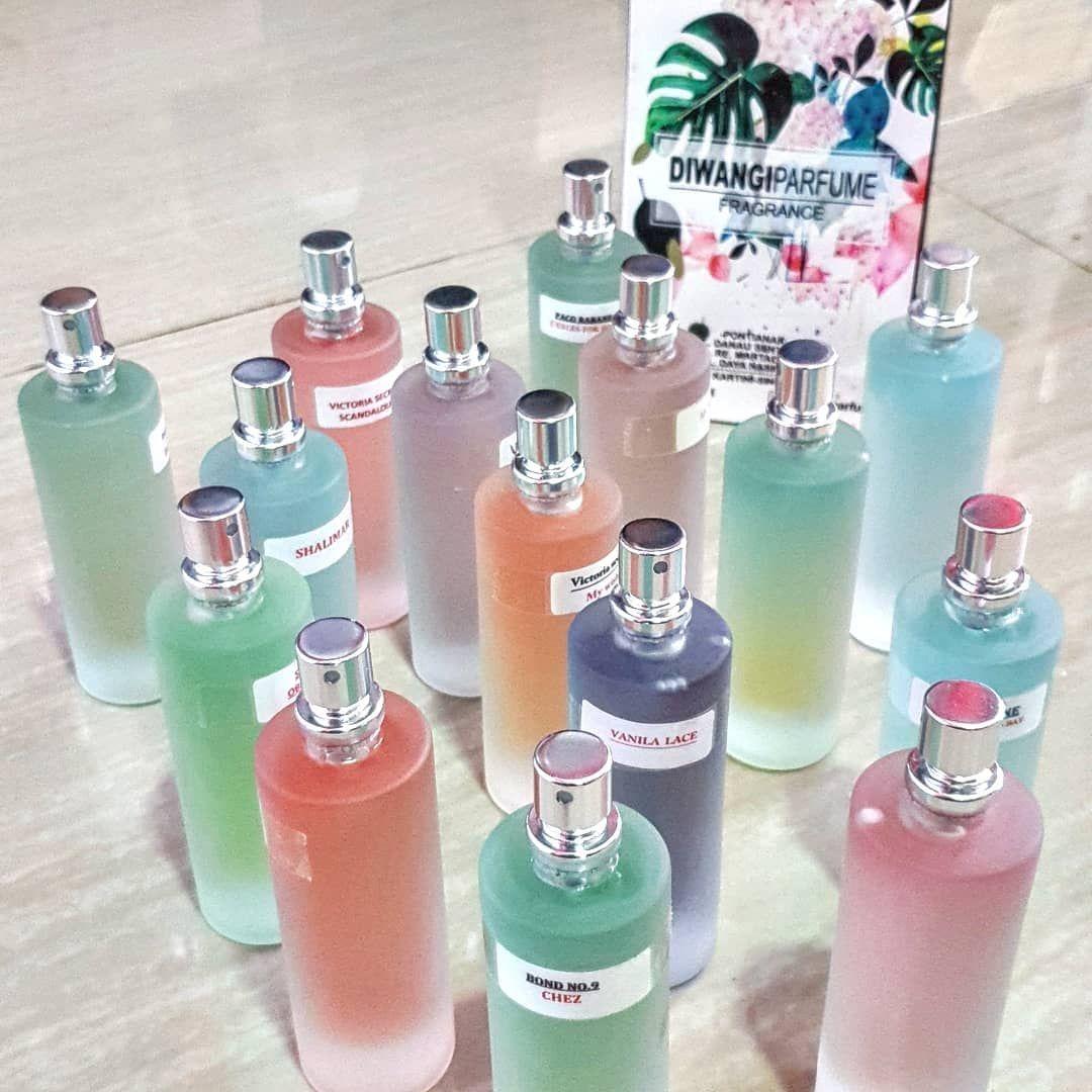 Parfum kami d kemas dengan botolbotol berkualitas dan