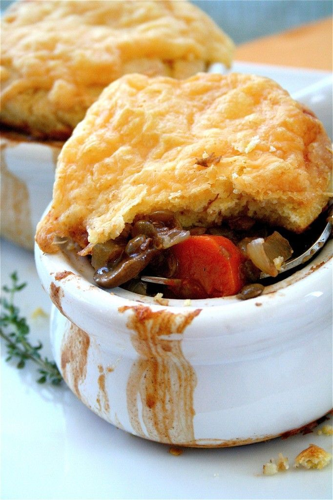 Lentil pot pies. Must make in the fall. Crust involves cheese, buttermilk, and butter, though I'm sure a crafty vegan could sub stuff in. #vegetarian #potpie #lentil
