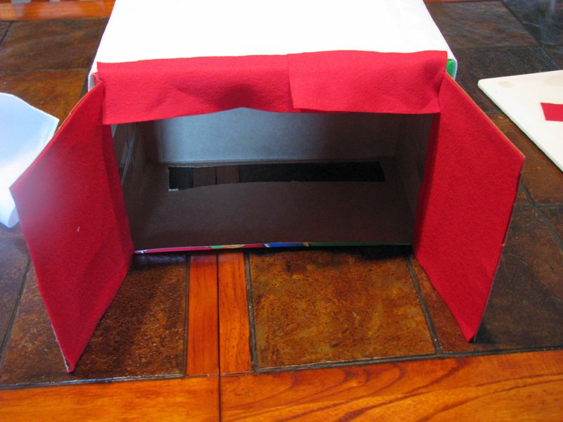 HOW TO: Make a Puppet Theater from a Recycled Box