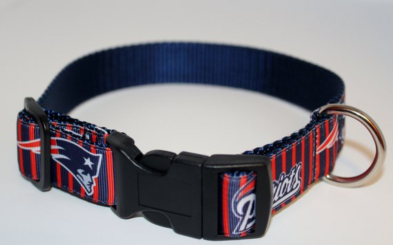 976b5f853 New England Patriots Dog Collar  Football Collar  NFL Collar  1 inch  Adjustable Dog Collar