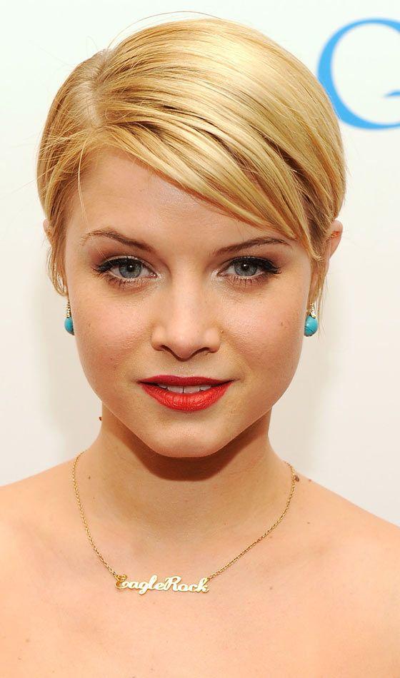 10 Classy Sleek Hairstyles For Short Hair Sleek Hairstyles Sleek Short Hair Hair Styles