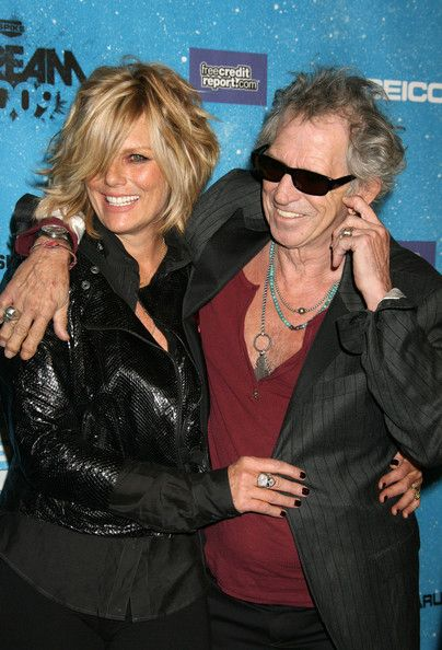 Image from http://www2.pictures.zimbio.com/fp/Keith+Richards+Patti+Hansen+Guests+Arriving+TWGzgH3V67Gl.jpg.