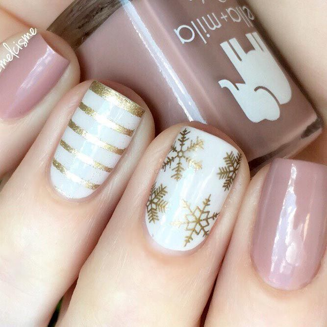 36 Lovely Holiday Nails Designs To Get You In The Spirit Holidays