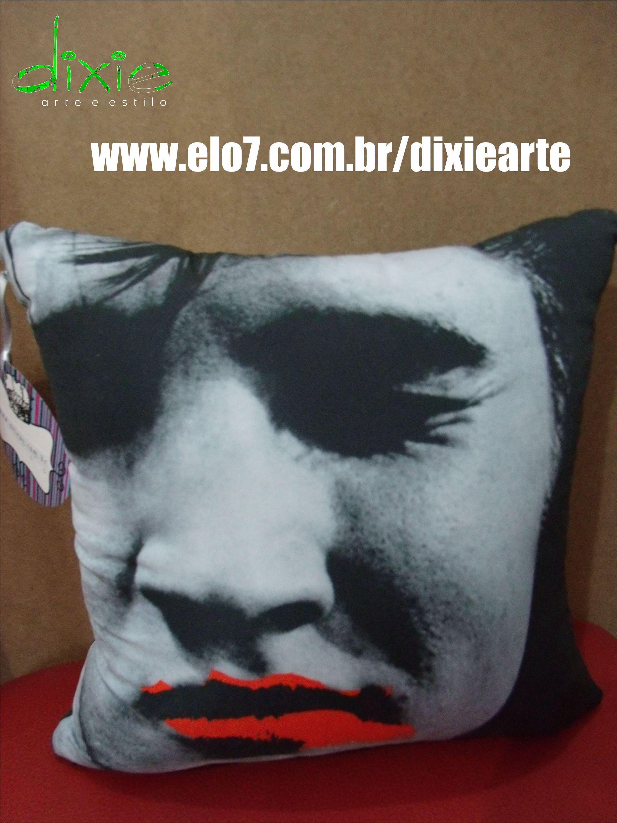 Almofada Beijo no Elvis  www.elo7.com.br/dixiearte