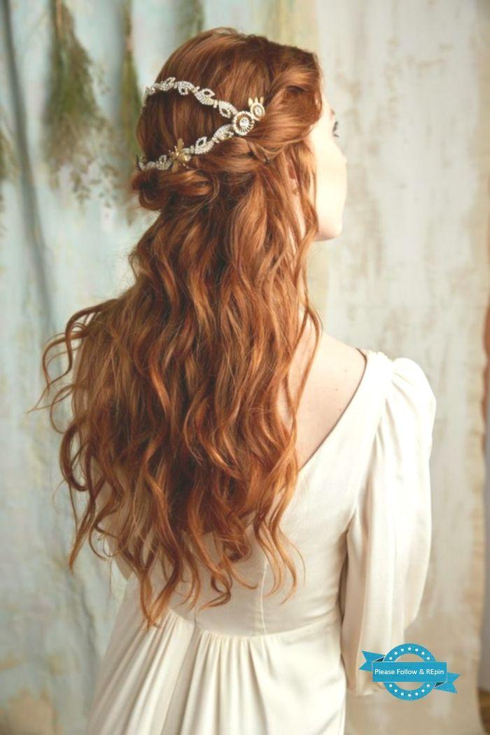 schönes haar aus dem mittelalter, gewelltes ingwerhaar