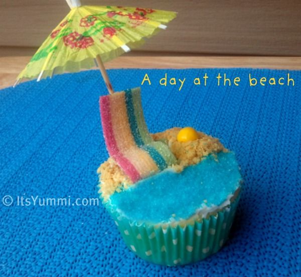 A Day At The Beach Cupcake Recipe From Itsyummi Com Beach