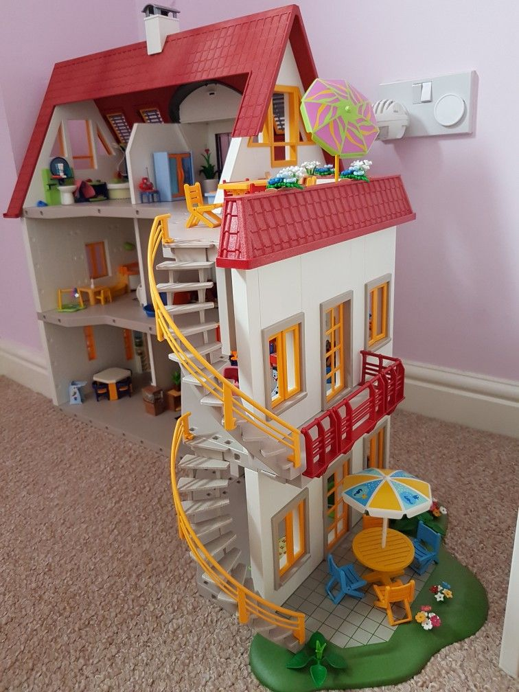 Pin By Kirsty Chard On Playmobil Extended Suburban House 4279