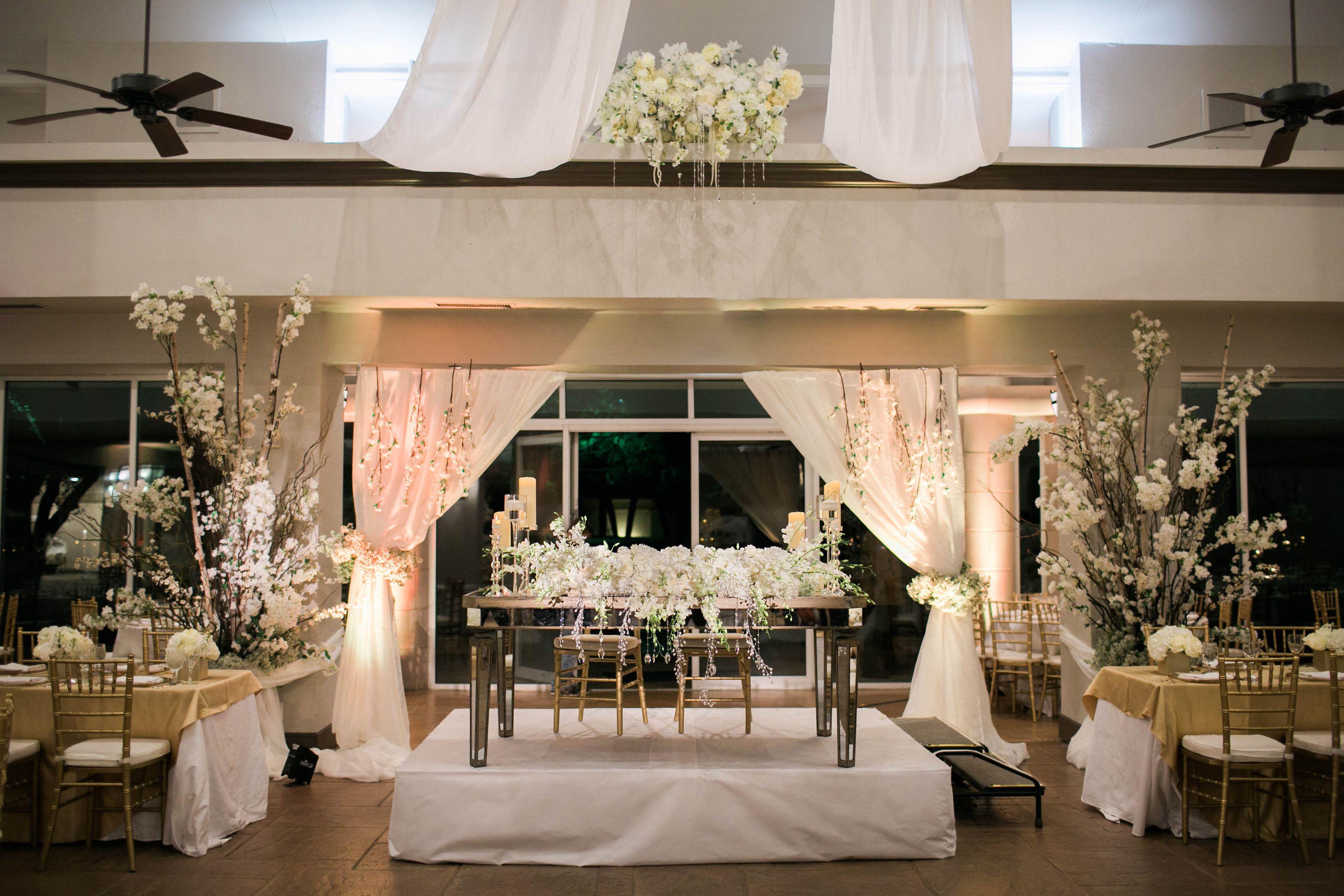 Ana + Tim November Wedding | @mkeventboutique