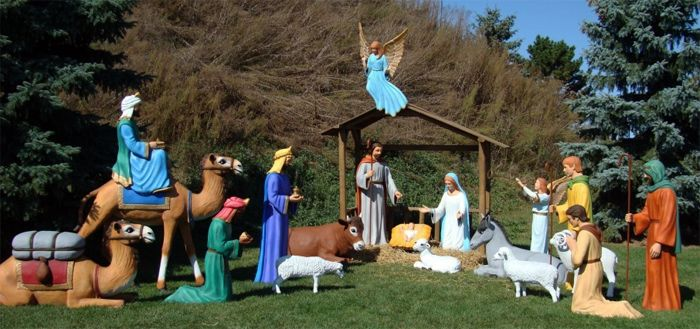 Full Life Size Fiberglass Nativity Scene Pieces Sold Separately Aachristmas Christmas Nativit Outdoor Nativity Nativity Scene Diy Christmas Nativity Set