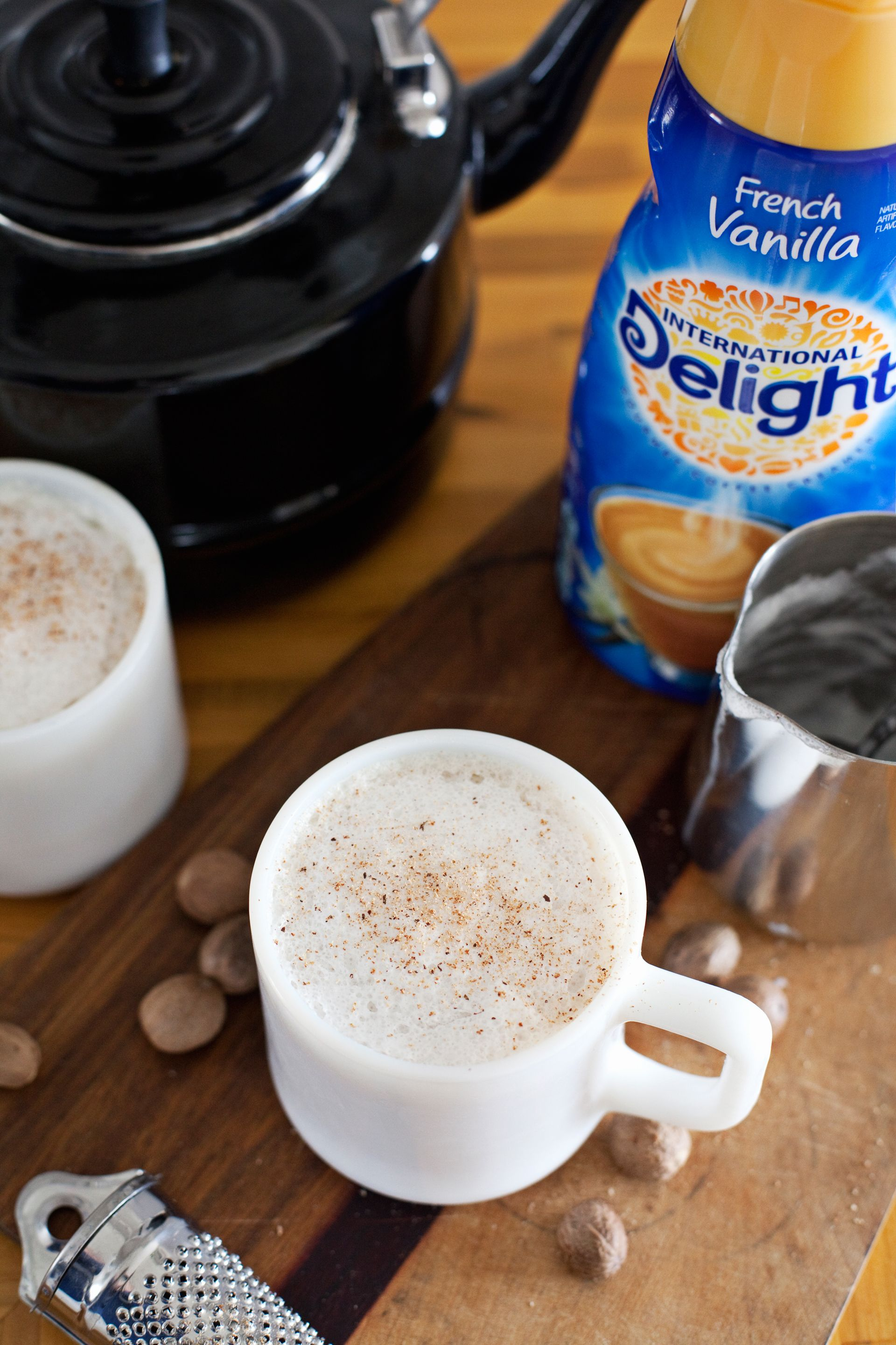 Easy Frothy Vanilla Chai Latte - Making Nice in the Midwest #frenchvanillacreamerrecipe
