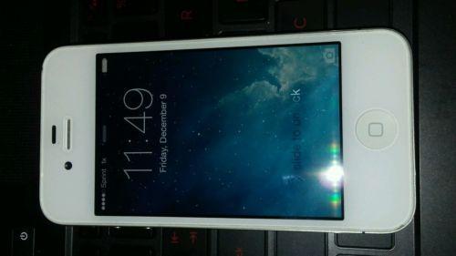 Apple iPhone 4s - 64GB - White (Unlocked) Smartphone  https://t.co/5JNHvFs2T5 https://t.co/RYtBCJZCKS