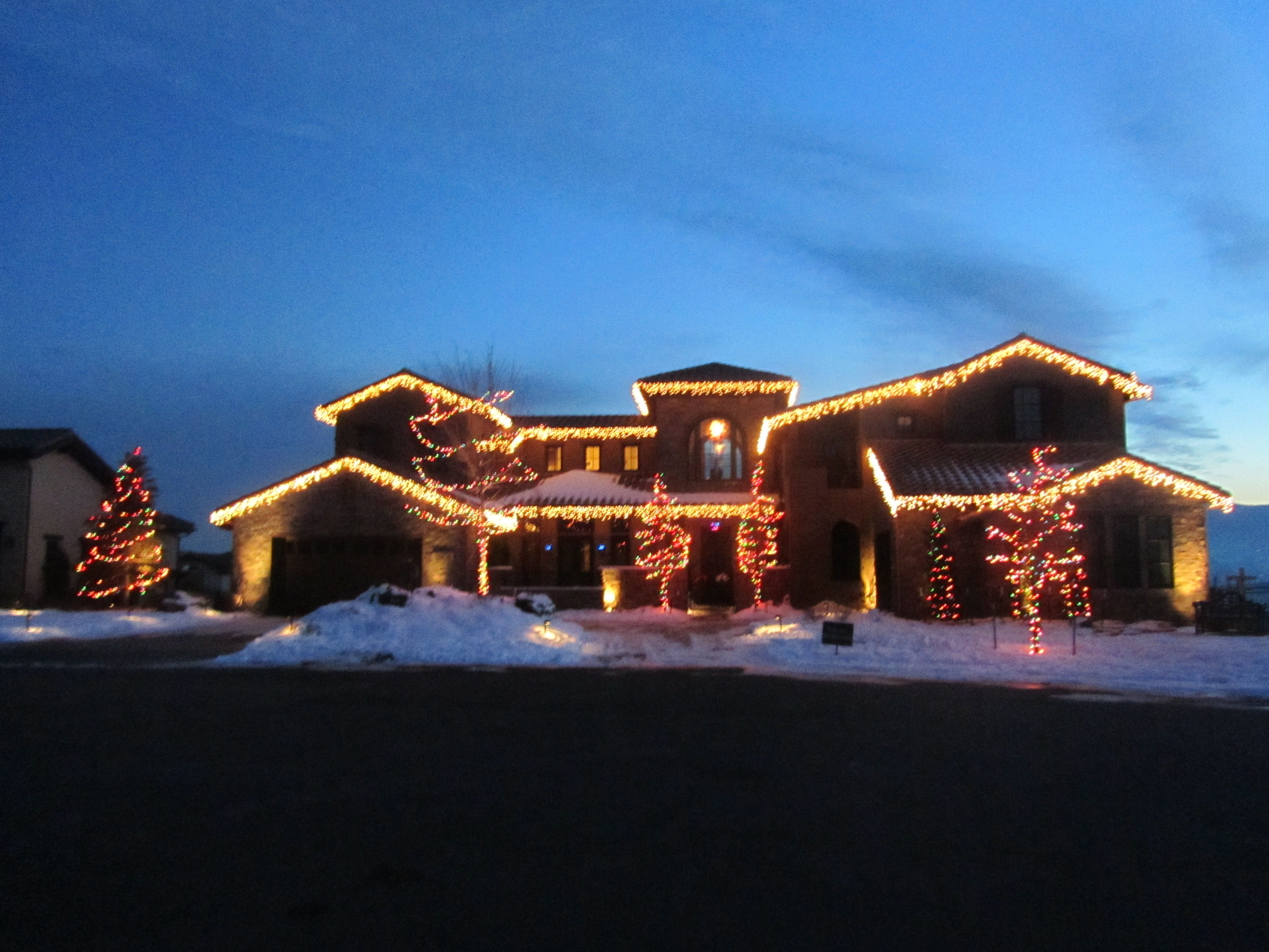 Lakewood, CO Residential Decor and Tree Lighting //**\\ We