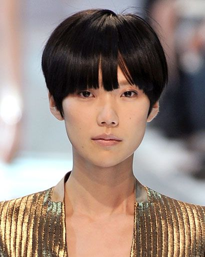 Tao Okamoto's sleek pixi cut #hair #model #taookamoto